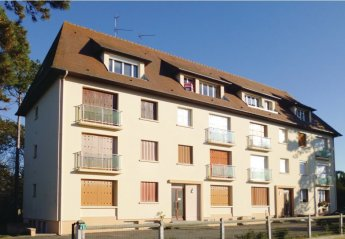 Apartment in France, Varaville