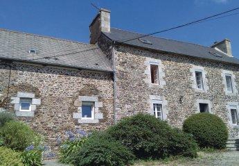 Villa in France, Ploëzal