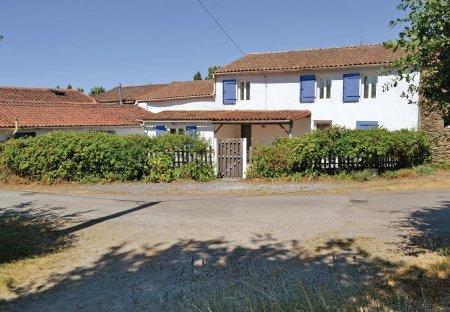 Villa in Le Busseau, France