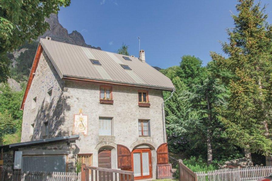 Villa to rent in Le Monêtier-les-Bains