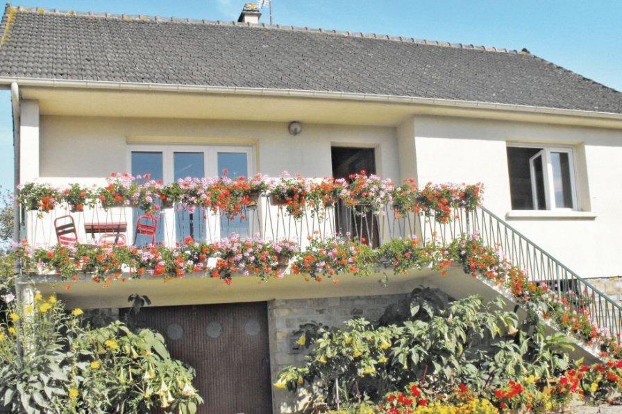 Villa in France, Montsenelle