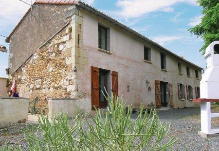 Villa in Bouillé-Loretz, France