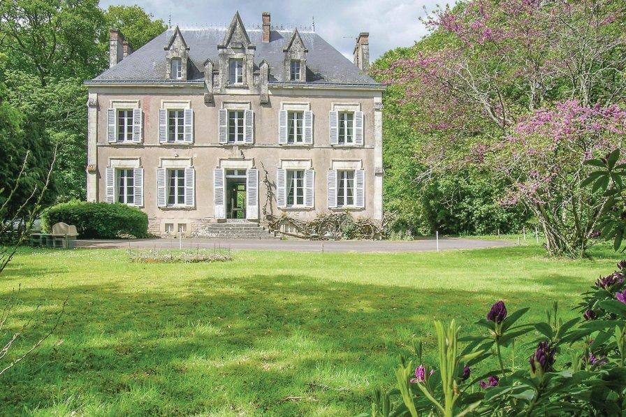 Villa in France, Saint-Lyphard