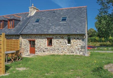 Villa in Minihy-Tréguier, France