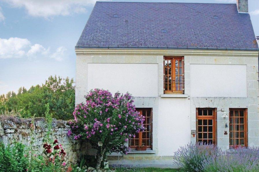 Villa in France, Chinon