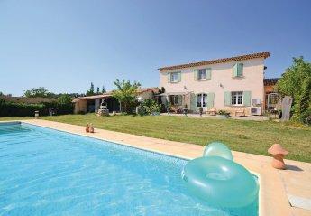 Villa in France, Pertuis
