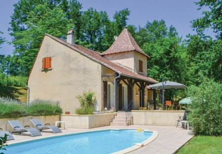 Villa in Saint-Georges-Blancaneix, France