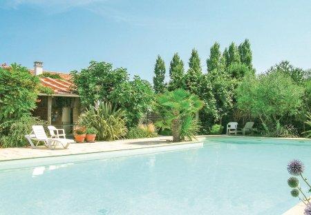 Villa in La Jonchère, France