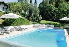Villa in Ustaritz, France