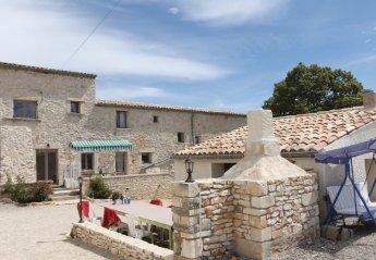 Villa in France, Lagarde-d'Apt