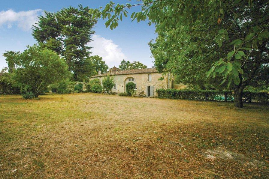 Villa in France, Saint-Germain-de-la-Rivière