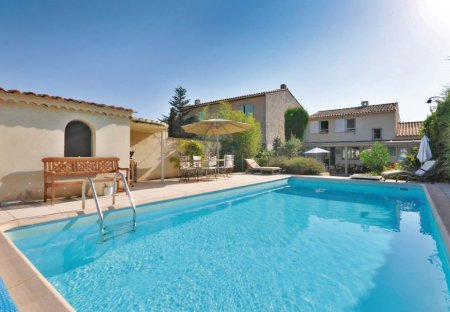Villa in Sanary-sur-Mer, the South of France