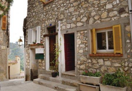 Villa in La Roquette-sur-Var, the South of France