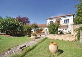 Villa in Caromb, the South of France
