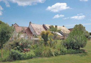 Villa in France, Dame-Marie-les-Bois