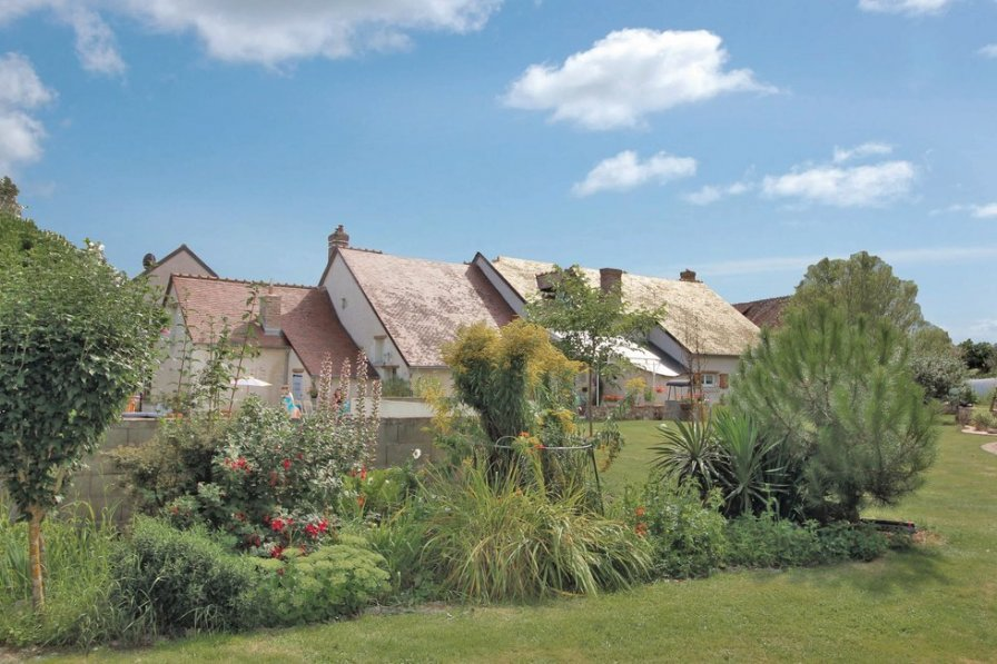 Holiday villa in Indre et Loire with pool