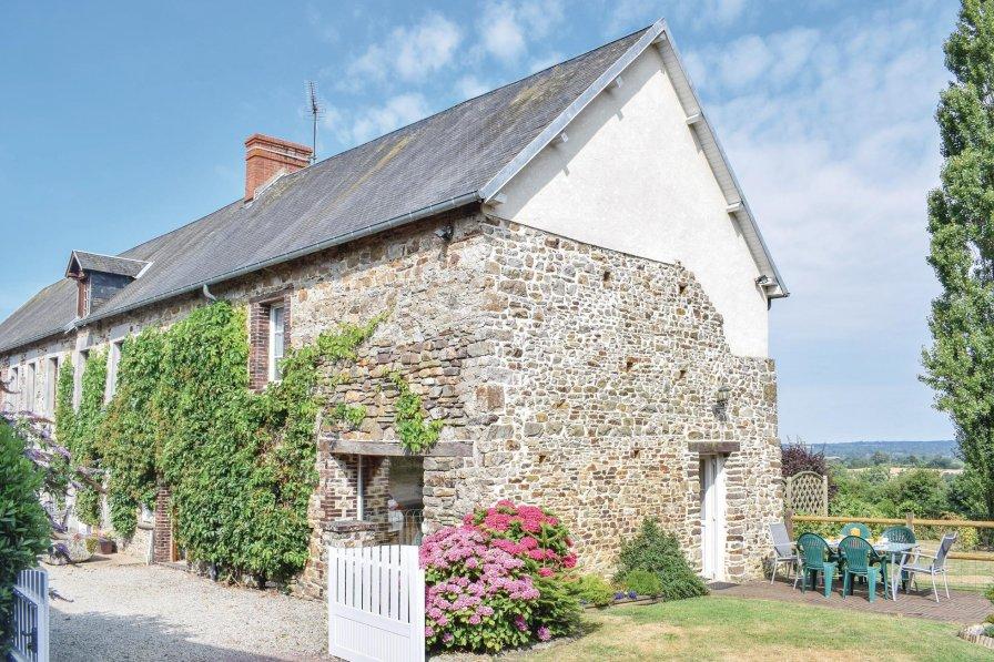 Villa in France, Montpinchon