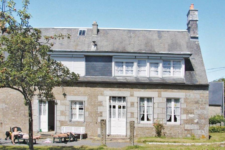 Villa in France, Noues de Sienne