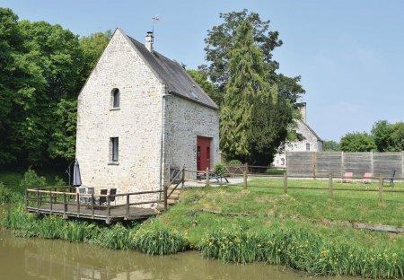 Villa in Auxais, France