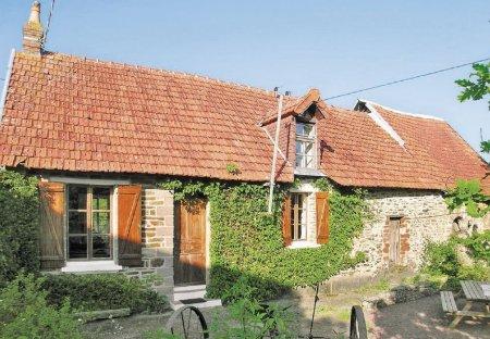 Villa in Moon-sur-Elle, France: