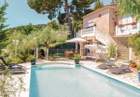 Apartment in La Valette-du-Var, the South of France