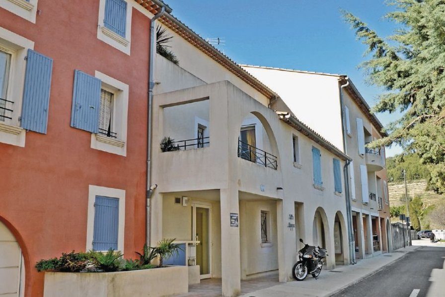 Apartment in France, Le Beausset