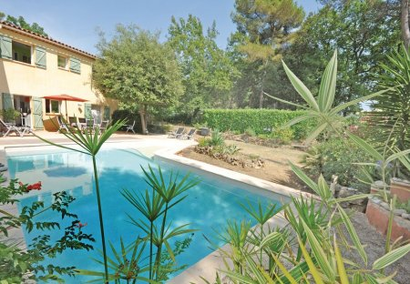 Villa in Roquefort-les-Pins Sud, the South of France