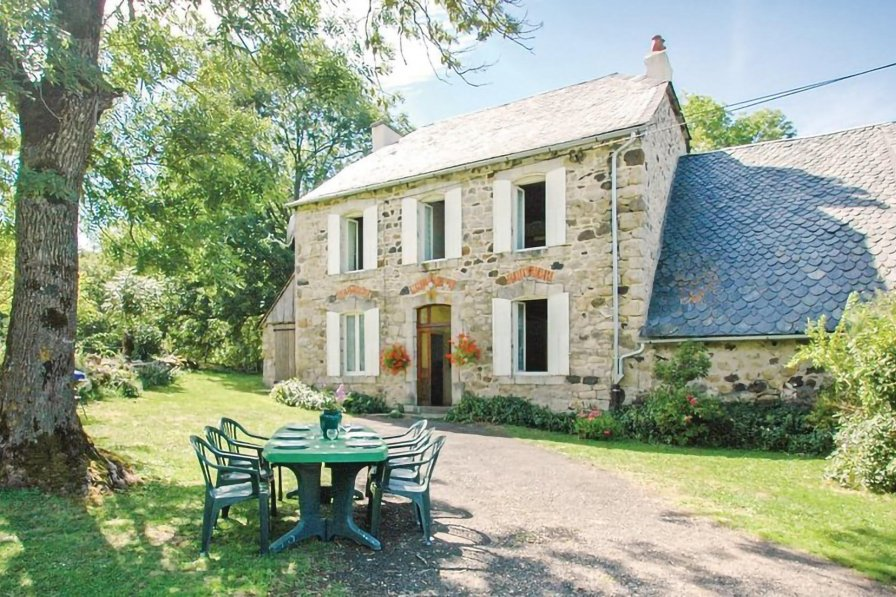 Villa in France, Riom-ès-Montagnes