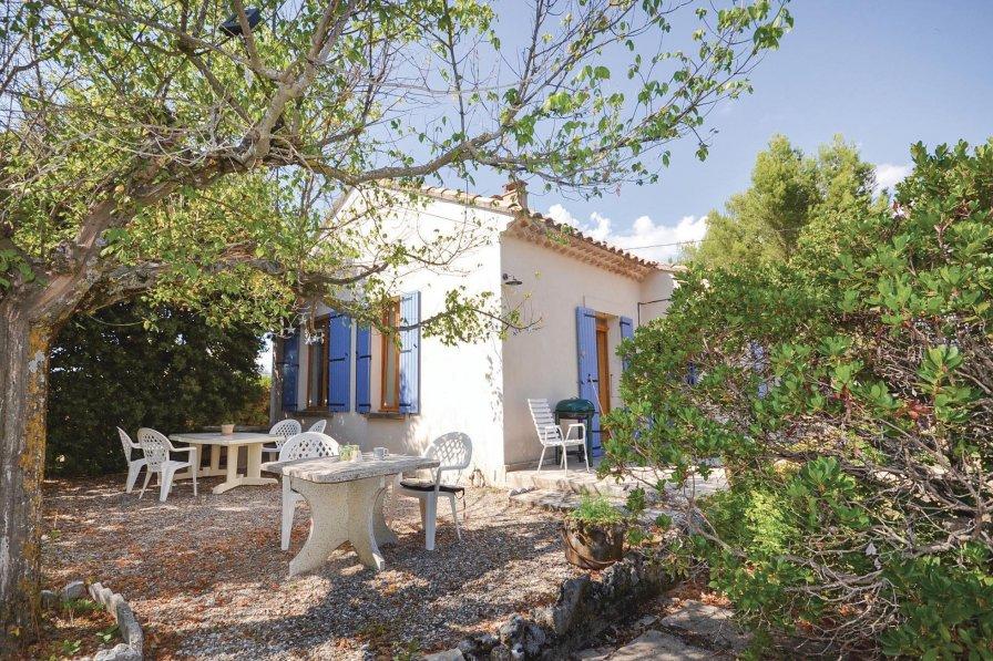 Villa in France, Saint-Saturnin-lès-Apt