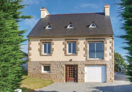 Villa in Lézardrieux, France