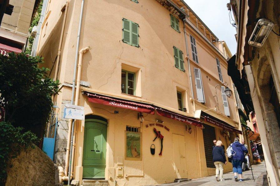 Studio rental in Le Vieux Port-Les Iles