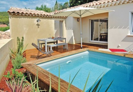 Villa in Laudun-l'Ardoise, the South of France