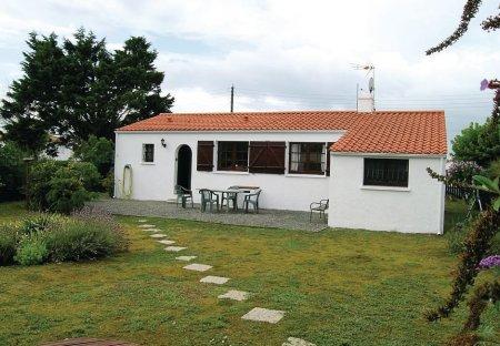 Villa in L'Aiguillon-sur-Mer, France:
