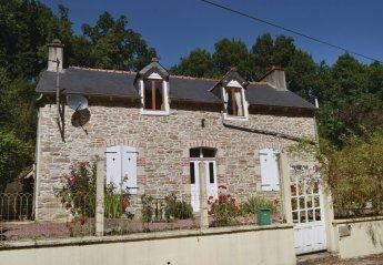 Villa in France, La Prénessaye