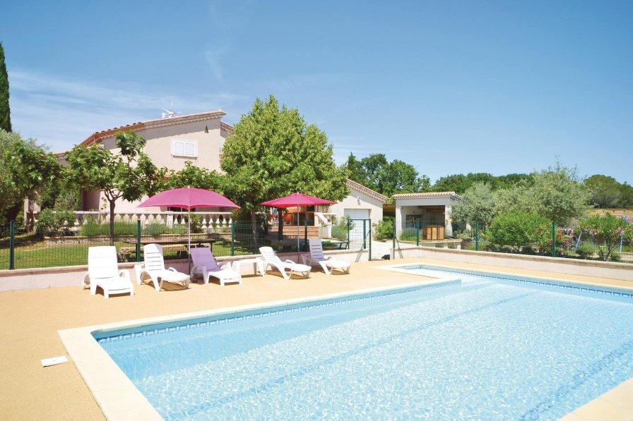 Villa in France, Montignargues