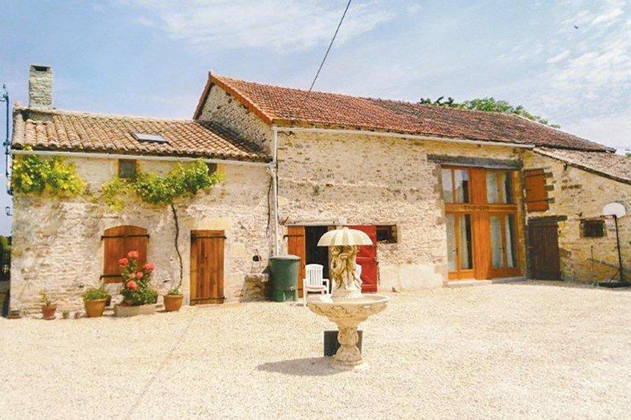 Villa to rent in Vienne