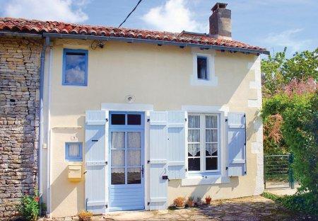 Villa in Paizay-Naudouin-Embourie, France