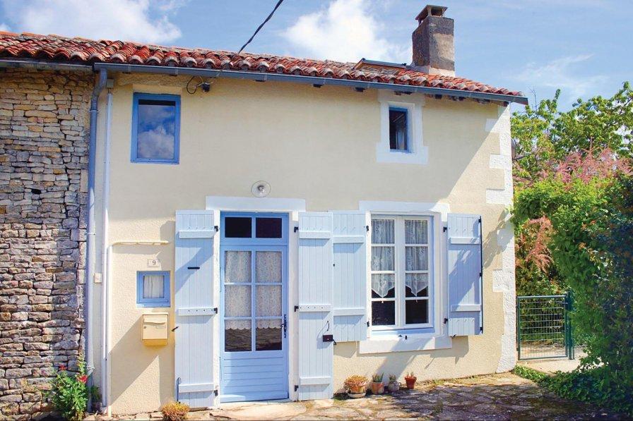 Villa rental in Charente