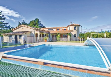 Villa in Aubignan, the South of France