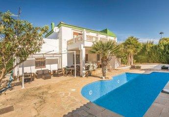 6 bedroom Villa for rent in Calafat