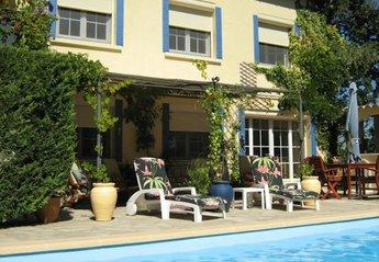 Apartment in France, Laudun-l'Ardoise