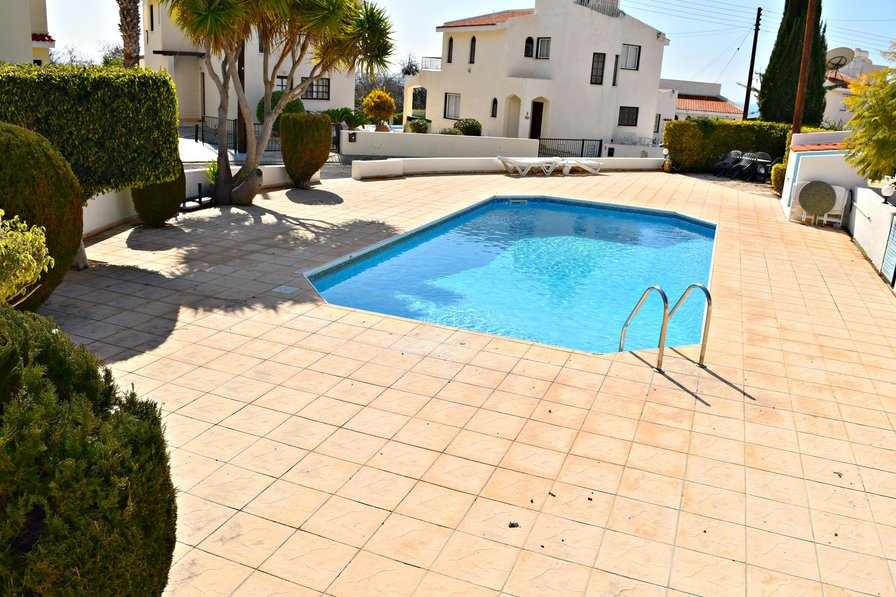 3 Bed Detached Villa 5 mIns from Coral Bay Beaches & Night Life