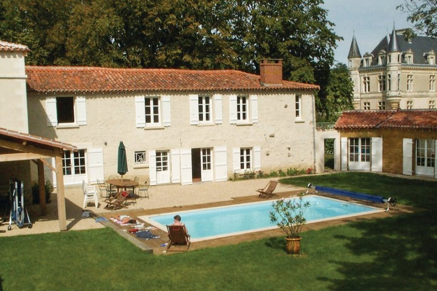 Villa with private pool in Vendee