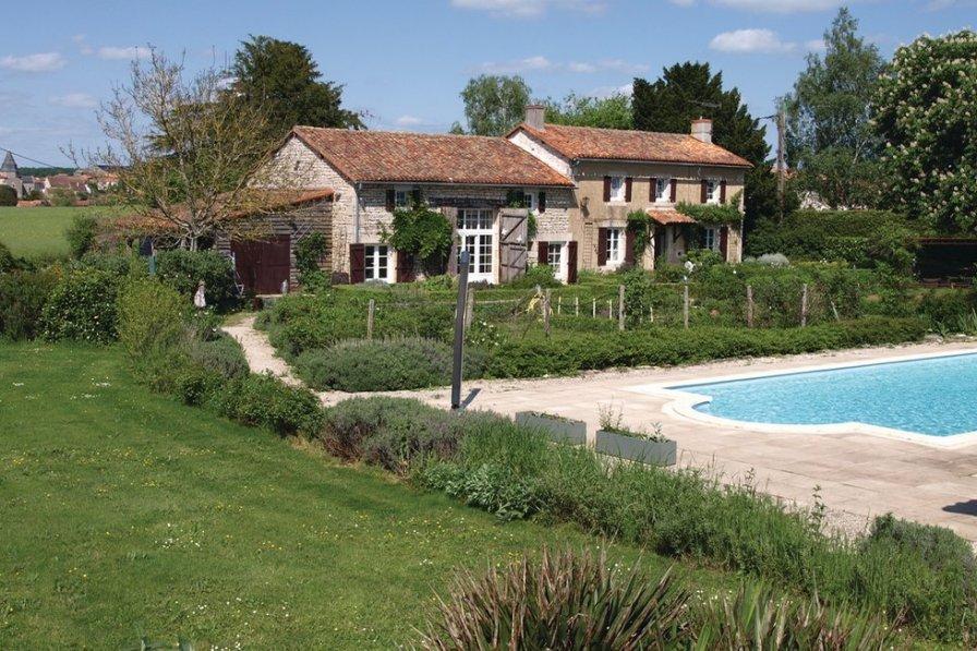 Vienne villa to rent