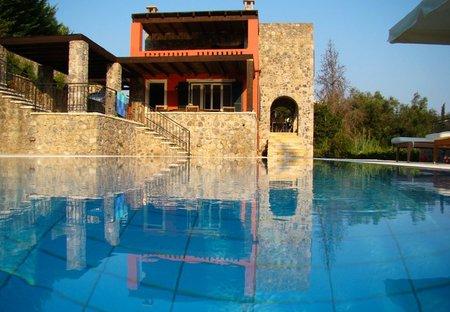Villa in Gouvia, Corfu: