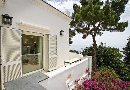 Villa in Capri, Italy