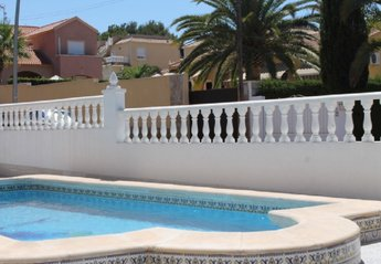 5 bedroom Villa for rent in Torrevieja area