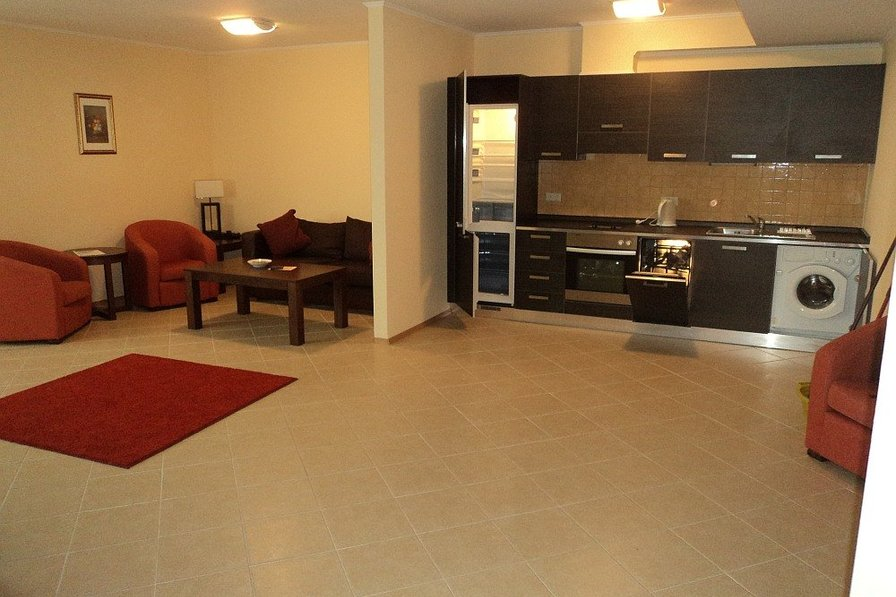 M) Sunset Resort, 3 bed apt with 2 bathrooms in Sigma building