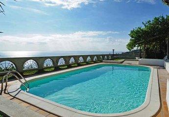 Villa in Italy, Amalfi: 01 Villa Vettica pool area