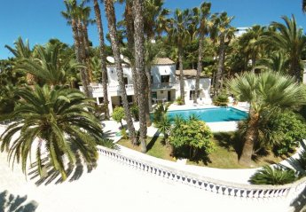 Villa in France, Village-Saint Julien-Saint Pierre: {